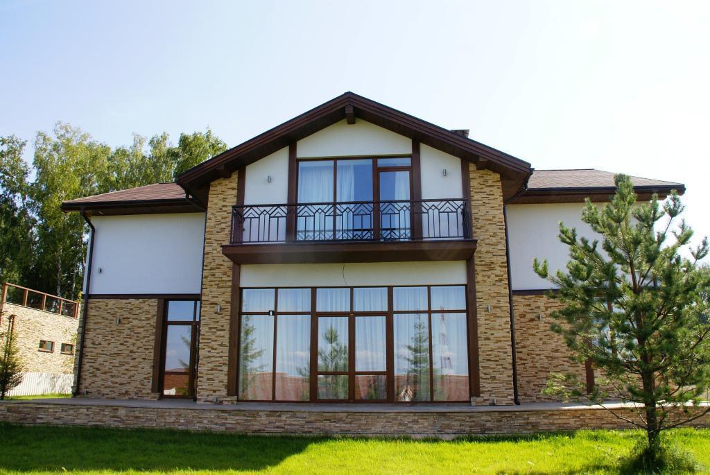 фото дома на рублевий
