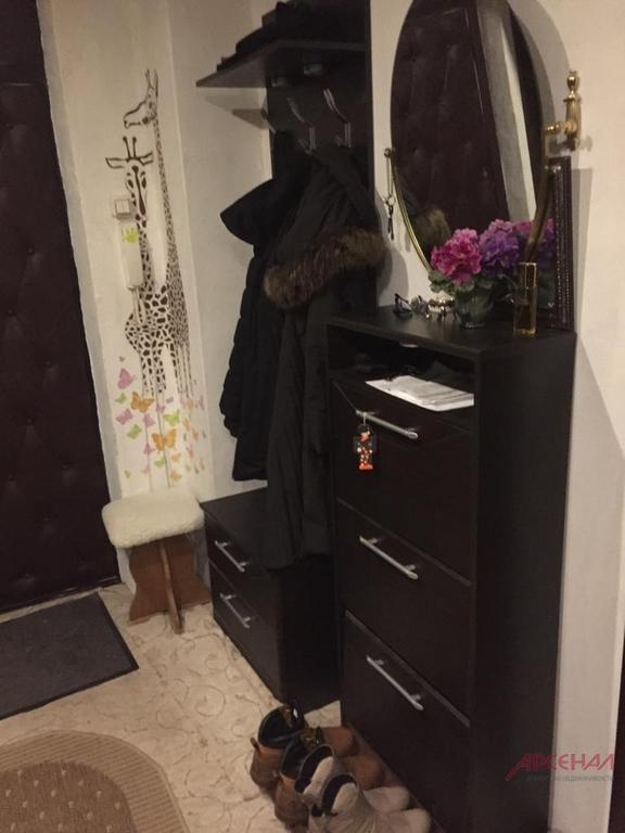 Продается трехкомнатная квартира за 5 000 000 рублей. Московская обл, г Наро-Фоминск, рп Калининец, д 260.