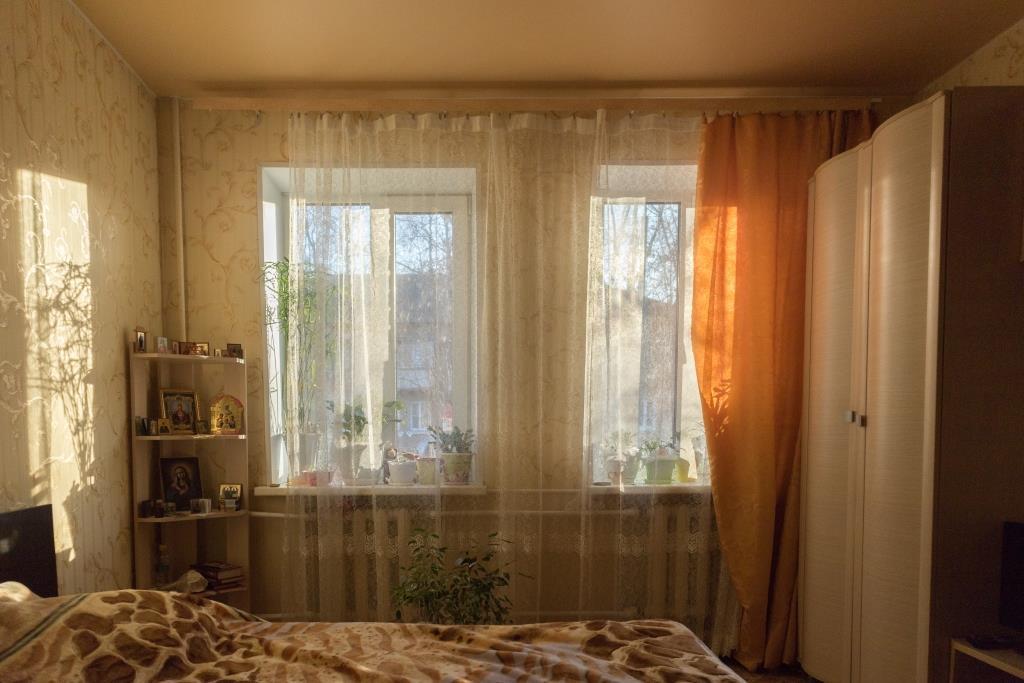 Продается трехкомнатная квартира за 3 200 000 рублей. Московская обл, г Наро-Фоминск, ул Школьная, д 10.