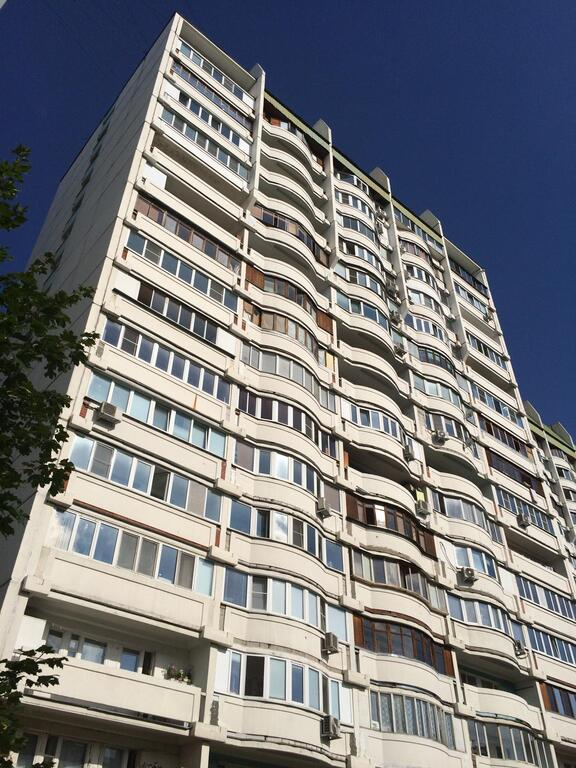 купить квартиру на улице