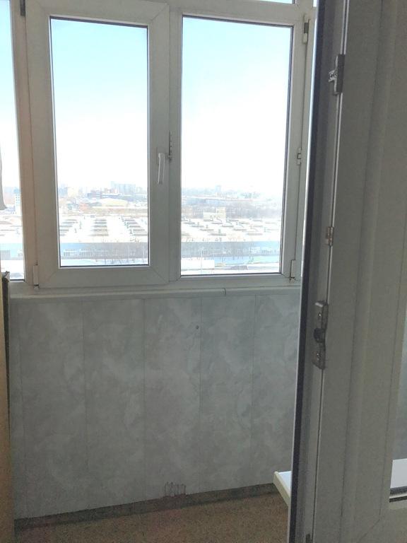 Продается трехкомнатная квартира в москве 75 кв.м., метро Че.