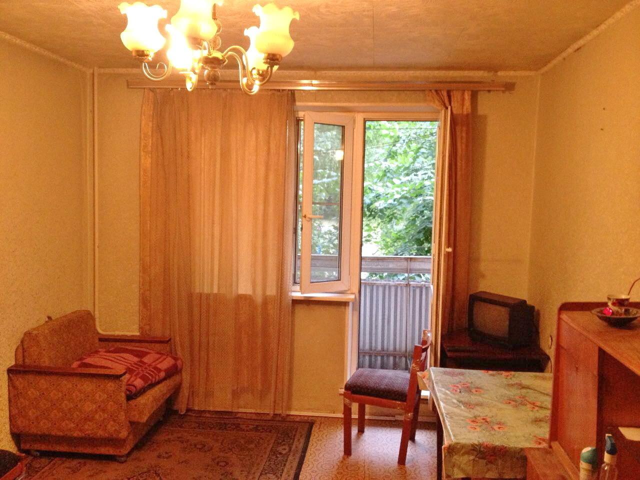 Комната 18кв.м. с балконом в 3-к квартире москва, михневский.