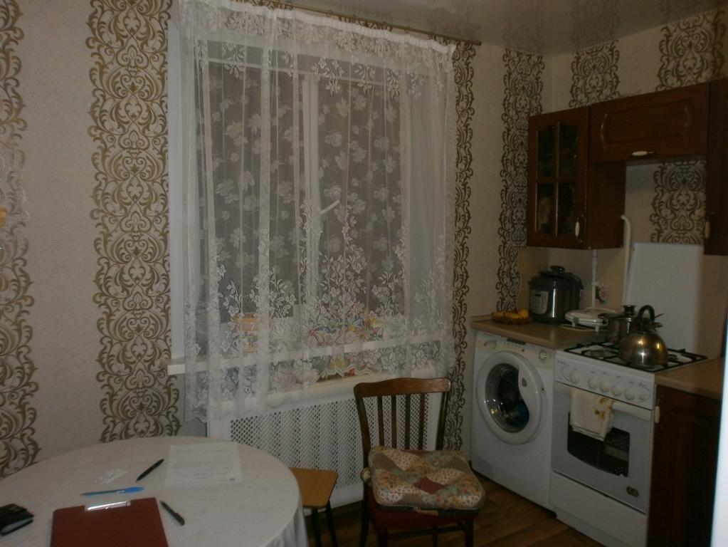 Продам однокомнатную квартиру 34 м2, улица октябрьская 85д, .