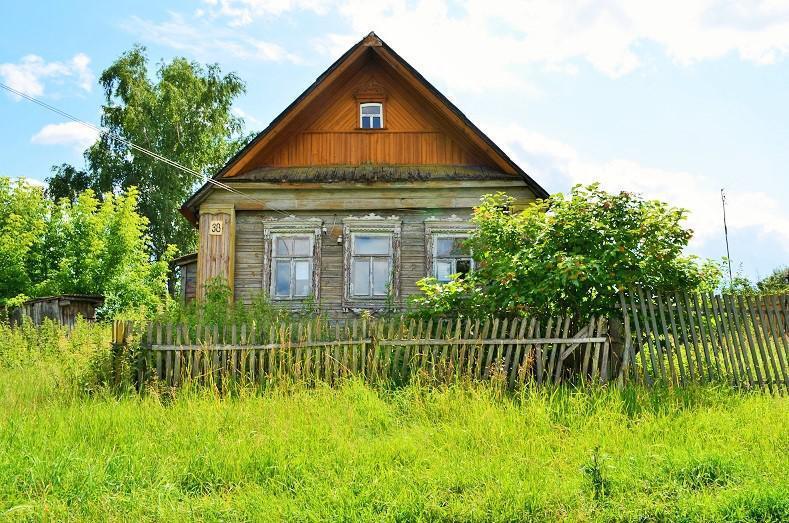 белье стоит, купить деревенский дом в подмосковье для