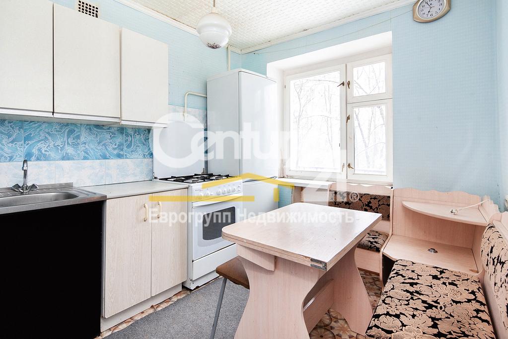 Продается однокомнатная квартира за 2 300 000 рублей. Правдинский, ул. Ленина, 15.