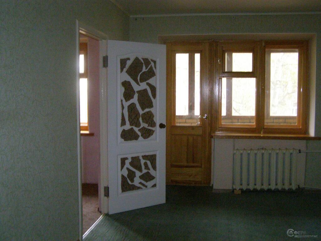 сколько стоит железная дверь в квартиру в воскресенске