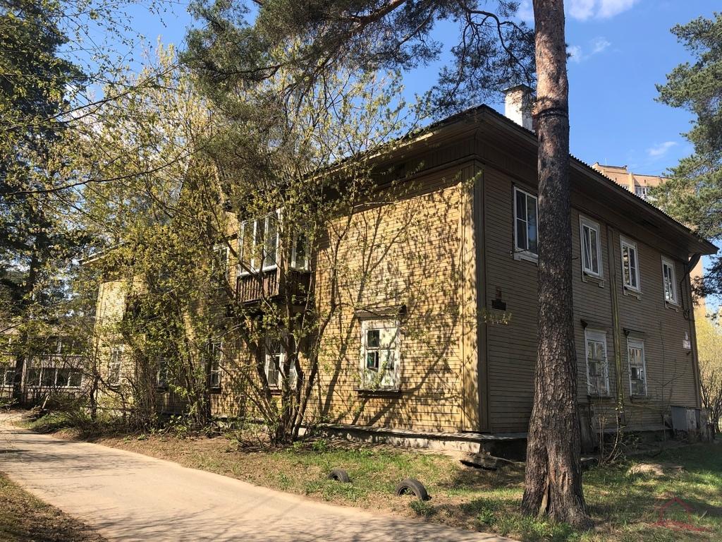 Продается трехкомнатная квартира за 3 400 000 рублей. Московская обл, г Дубна, ул Заречная, д 15.