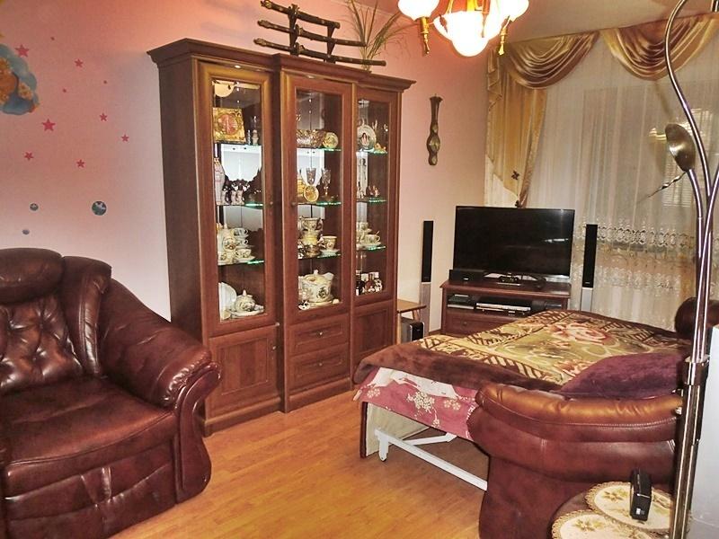 Продается двухкомнатная квартира за 3 150 000 рублей. Правдинский, ул. Полевая, 6.