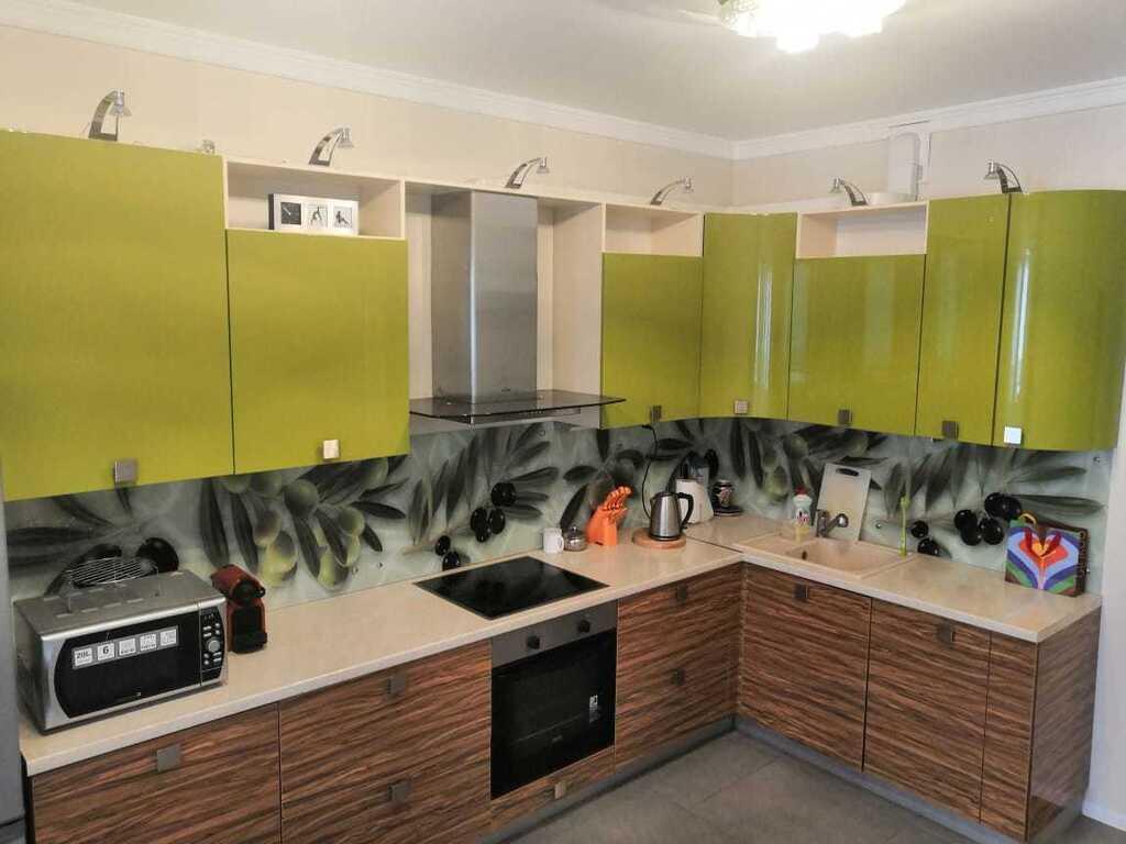 Продается двухкомнатная квартира за 10 500 000 рублей. Коммунарка, ул. Лазурная, 3.