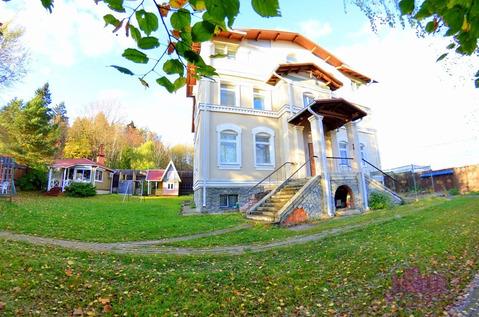 Сдается дом 450 м2, Новорижское ш, пос.Мозжинка, 190000 руб.