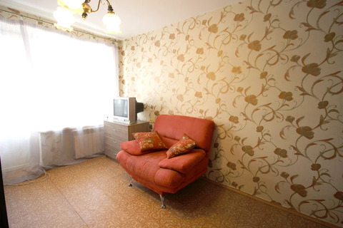 1 комнатная квартира в пешей доступности от метро. Длительно