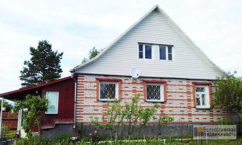 Предлагаем к продаже жилой кирпичный дом в деревне Середниково