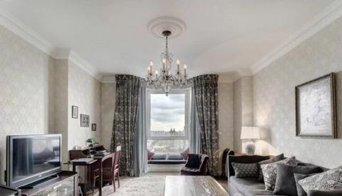 Продаётся элитная 2-х комнатная квартира с дизайнерским ремонтом.