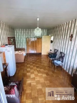 Продам двухкомнатную (2-комн.) квартиру, Маршала Голованова ул, 16.