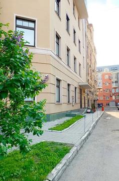 """3-комнатная квартира, 130 кв.м., в ЖК """"Малый Головин"""""""