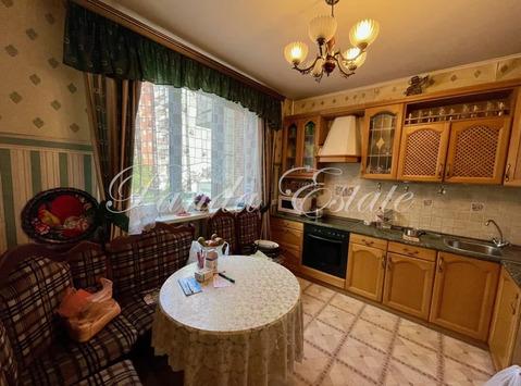 Квартира в доме на набережной у парка (ном. объекта: 3915)