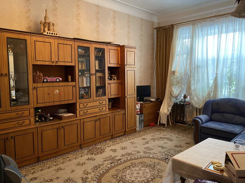 Продается квартира в районе станции.