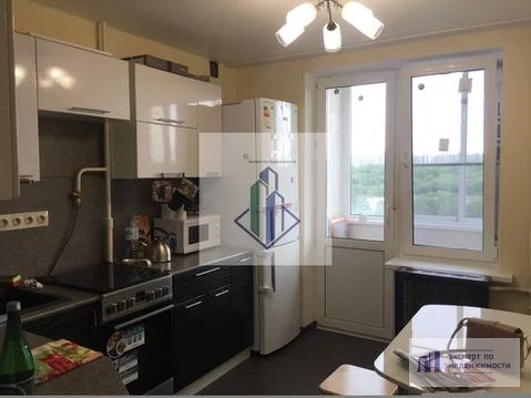 Трех-комнатная квартира на длительный срок у метро Царицыно