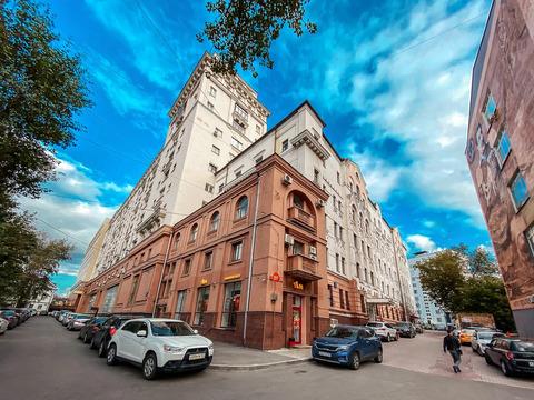 Коммерческое помещение на первых этажах жилого дома