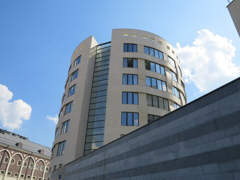 """3-комнатная квартира, 135 кв.м., в ЖК """"Грюнвальд"""""""