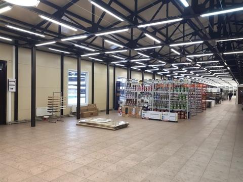 Торговый зал под мебель и смежные товары