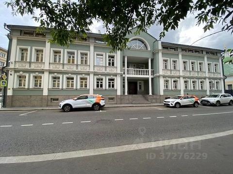 Здание с высоко качественной отделкой 1495м