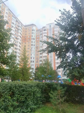 Продаётся 3-х комнатная квартирна Солнцевском проспекте