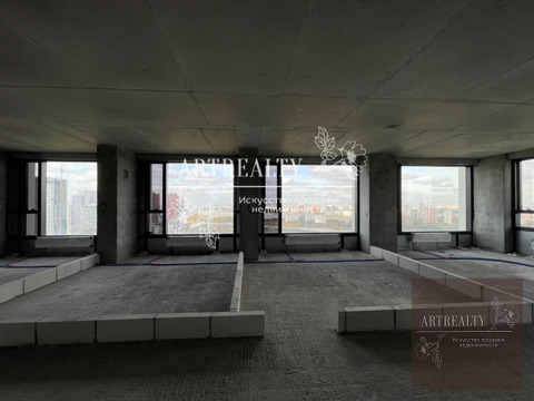 4-комнатная квартира, 136 кв.м.