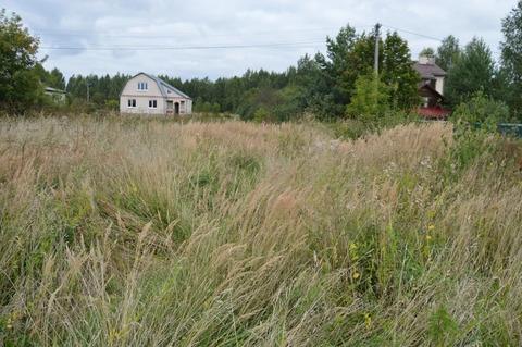 Продам земельный участок 10 соток в селе Речицы по улице 2-ая Луговая.
