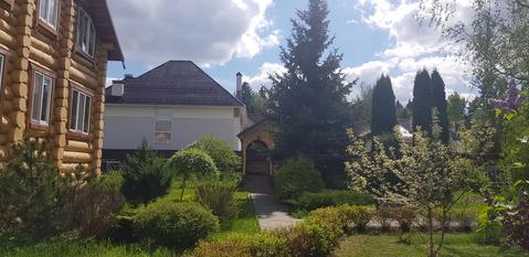 2 дома участок 24 сот. Первомайское, д.Уварово, ул. Ирбис