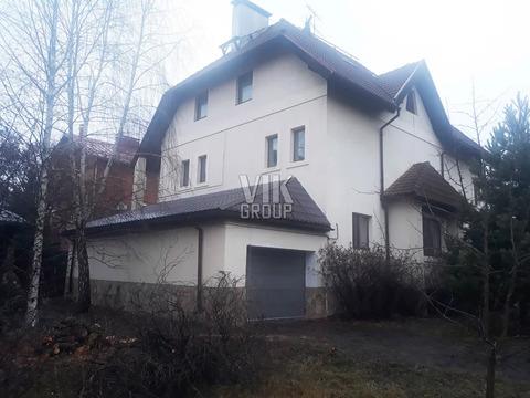 4-х эт дом 538 кв.м 10 сот Москва Троицк