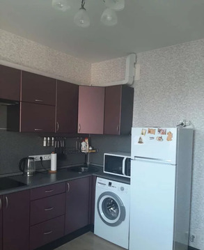 1-к квартира, Свердловский, Строителей 6