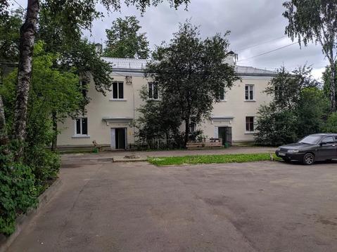 Продаётся комната в центре города Серпухов
