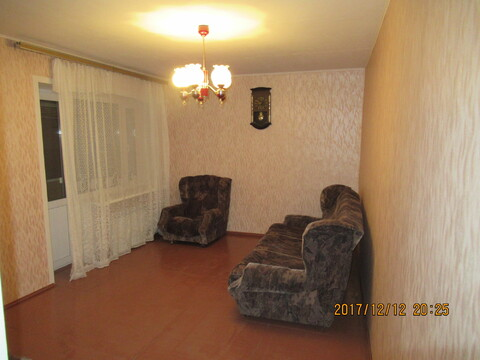 Продам 2-ю квартиру п. Зверосовхоз, ул. Центральная