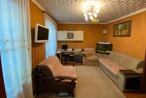 Продается квартира с хорошим ремонтом в кирпичном доме.