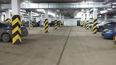 Продаю машиноместо в наземном паркинге в центре города Пушкино,