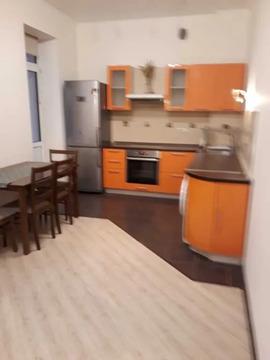 Сдается замечательная просторная 1-комнатная квартира с евро ремонтом