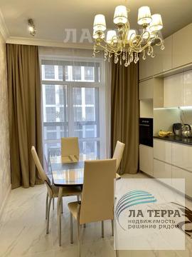 Просторная 2-комнатная квартира с отличным евроремонтом в ЖК .
