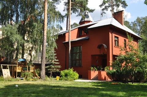 Продается 3х этажный дом 409,5 кв м пос Малаховка