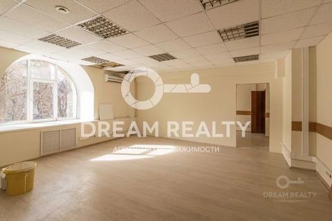Продажа офисного помещения 889 кв.м, ул. Острякова, д. 6