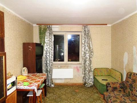 Комната 18 (кв.м) в 4-х ком. квартире. Этаж 6/10 Монолитно-кирпичного.