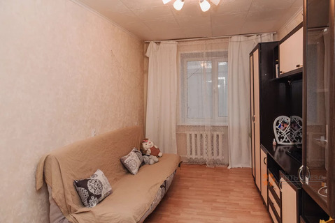 Продается комната 10,7 кв.м. ул. Полиграфистов, д.11а