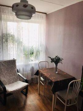 Продам однокомнатную (1-комн.) квартиру, Панфиловский пр-кт, 1210, .