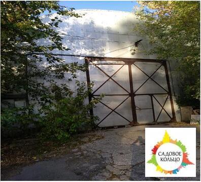 - холодный склад площадью от 200 кв.м. до 600 кв.м. (потолки 5 м, пол-