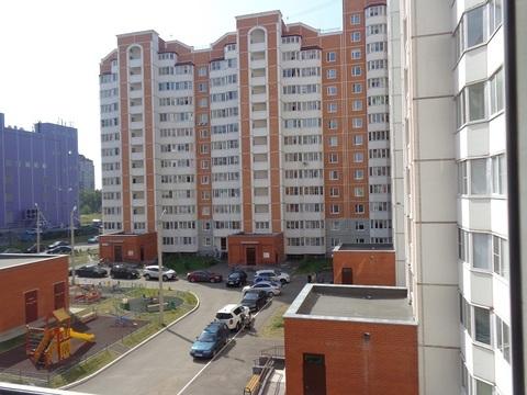 Продается трехкомнатная квартира в городе Чехов, на ул. Московская