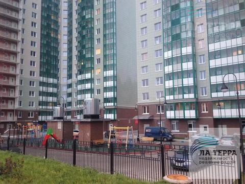 Продается 1-комнатная квартира в ЖК Изумрудные Холмы, ул. Игоря .