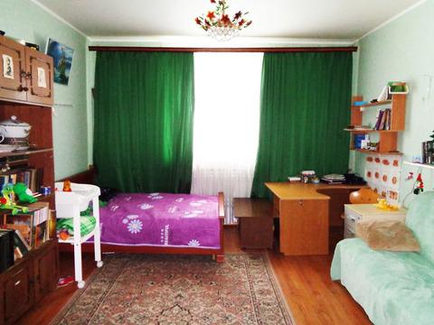 3-х ком. квартира 90 (кв.м). Этаж: 1/2 блочного дома.