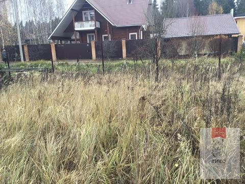 Земельный участок рядом с озером и лесом