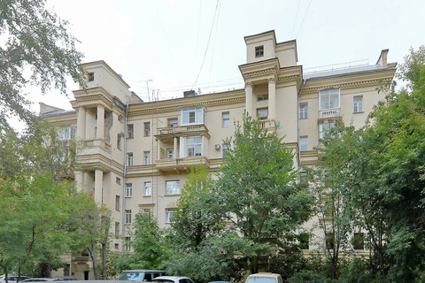 Продаю 2-х уровн. кв-ру из 5 комнат с 3-мя суз Новослободская