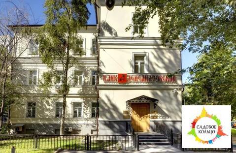 В аренду предлагается особняк класса «B» общей площадью 668,9 кв